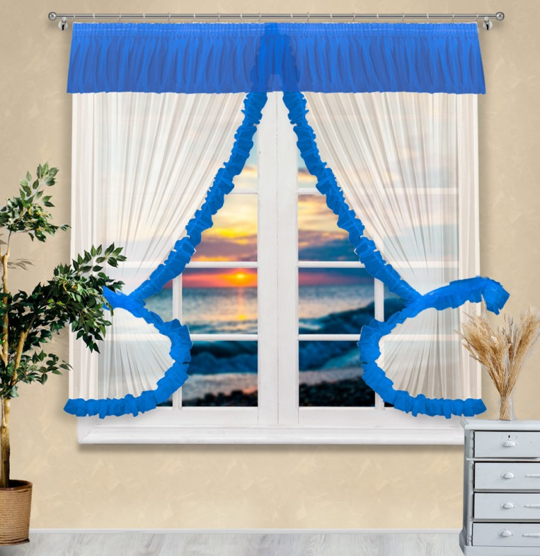 Готовые шторы арт.                                             0012  экрю/синий, Stella (Стелла), цвет основы - экрю, оборка - синяя, размеры: шторки: (155 см ширина х 180 высота) х 2, ламбрекен - 400 см ширина х 25 см высота, + подхватки